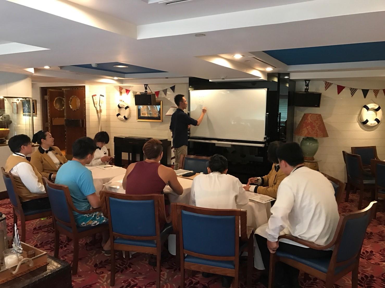 企業外派 企業培訓 日文培訓 群筑英日語 台北英語補習班 學英文 學日文